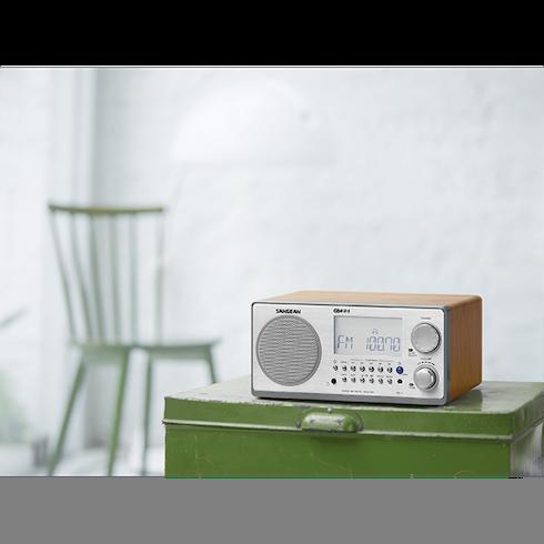 거실의 WR-2 디지털 탁상용 라디오